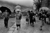 SPAIN. La Franqueira. 1981. A Mother's promise.